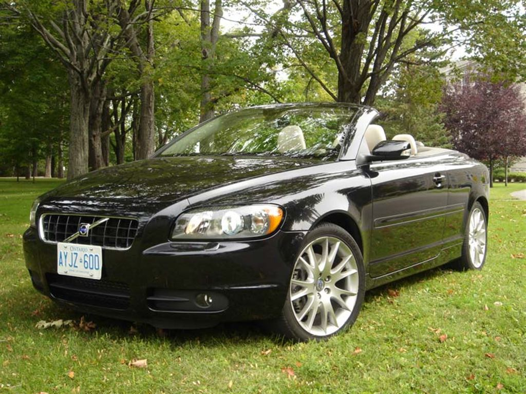 Used Vehicle Review: Volvo C70, 2006-2013