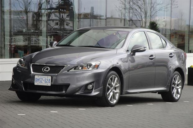 lexus 2013 is 250. test drive 2013 lexus is 250 awd is