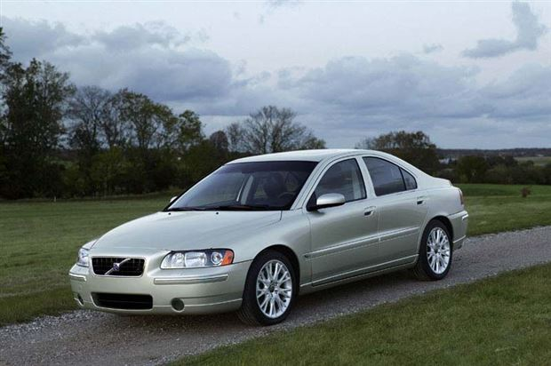 Read about the Autos.ca Buyer's Guide: 2005 Volvo S60