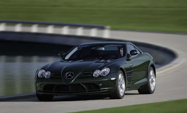 Read about the Autos.ca Buyer's Guide: 2006 Mercedes-Benz SLR McLaren