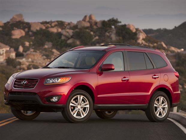 Read about the Autos.ca Buyer's Guide: 2010 Hyundai Santa Fe