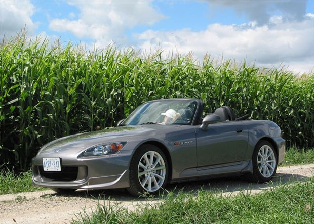 Read about the Autos.ca One From the Vault: 2006 Honda S2000 Test Drive