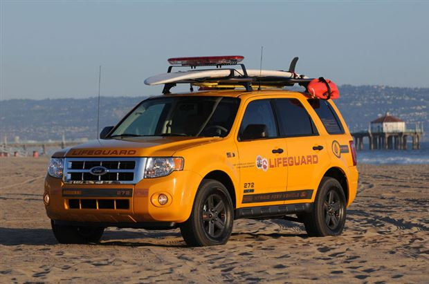 Read about the Autos.ca Ford Escape Hybrids equipped for lifeguard duty
