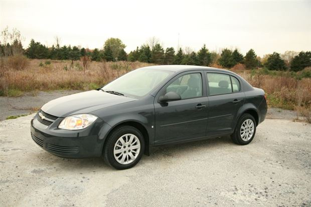 Read about the Autos.ca Day-by-Day Review: 2009 Chevrolet Cobalt LS XFE