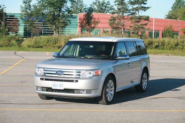 Read about the Autos.ca Day-by-Day Review: 2009 Ford Flex Limited AWD