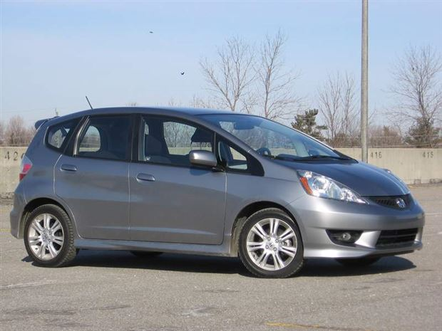 Read about the Autos.ca Test Drive: 2009 Honda Fit Sport, five-speed manual