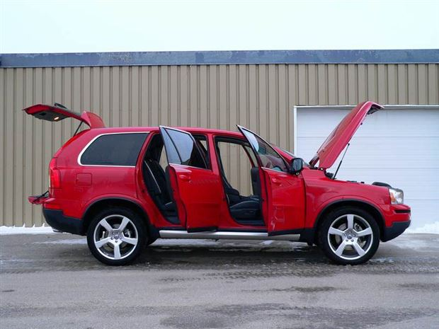 Read about the Autos.ca Inside Story: 2009 Volvo XC90 V8