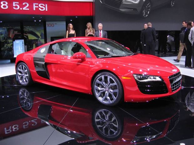 Read about the Autos.ca Audi reveals V10-powered R8 5.2 FSI model