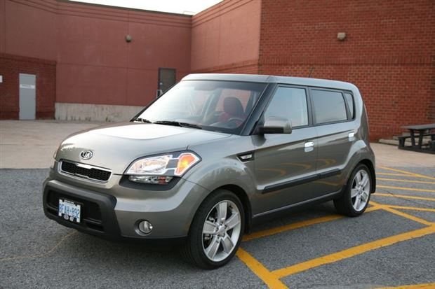 Read about the Autos.ca Day-by-Day Review: 2010 Kia Soul 4u Burner