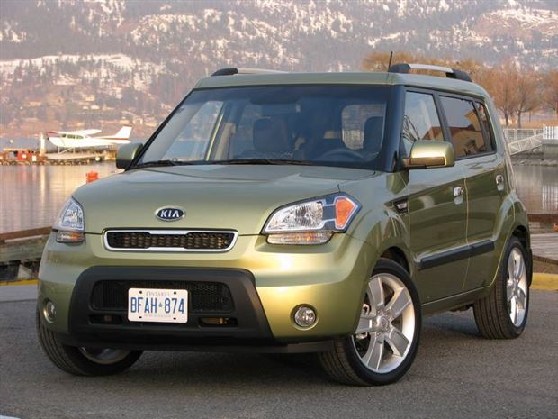 Read about the Autos.ca Buyer's Guide: 2010 Kia Soul