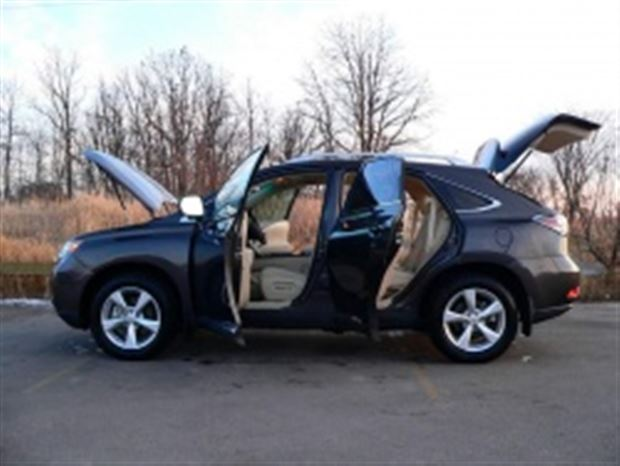Read about the Autos.ca Inside Story: 2010 Lexus RX 350
