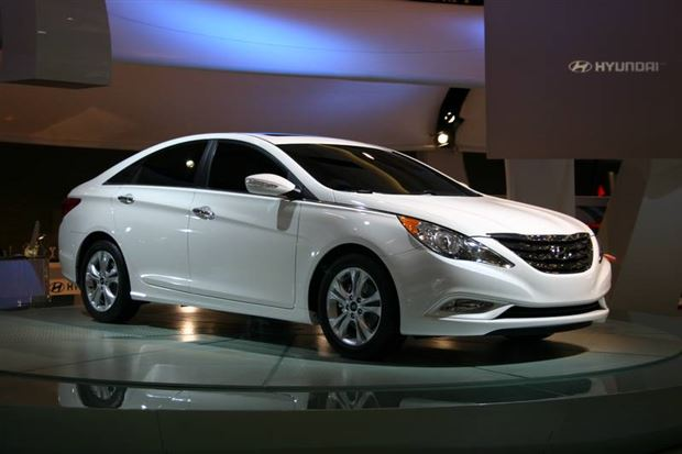 Read about the Autos.ca Hyundai announces pricing for redesigned 2011 Sonata