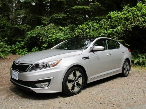 Read about the Autos.ca First Drive: 2011 Kia Optima Hybrid