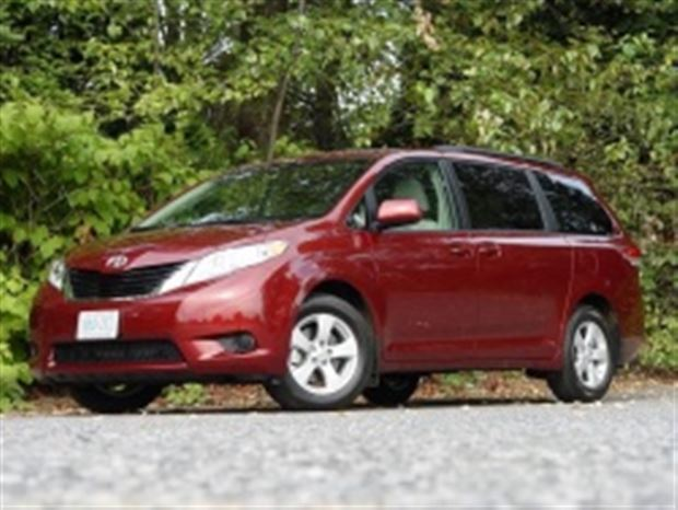 Read about the Autos.ca Test Drive:  2011 Toyota Sienna LE 4-cylinder