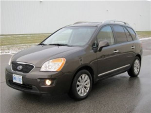 Read about the Autos.ca Test Drive: 2011 Kia Rondo EX-V6