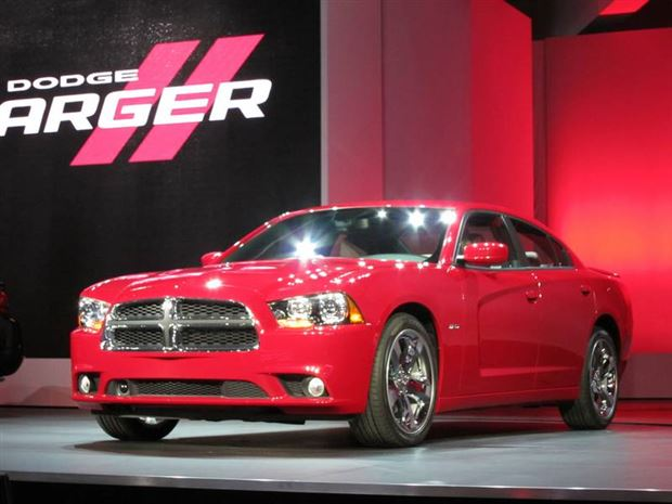 Read about the Autos.ca Dodge unveils restyled Charger with new engine