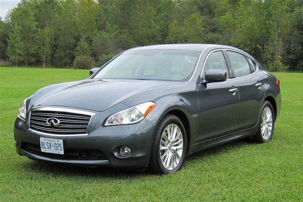 Read about the Autos.ca Test-Drive: 2012 Infiniti M Hybrid
