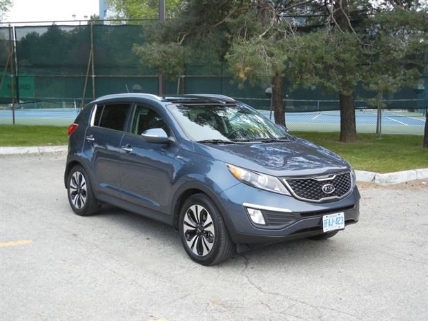 Read about the Autos.ca Buyer's Guide: 2012 Kia Sportage