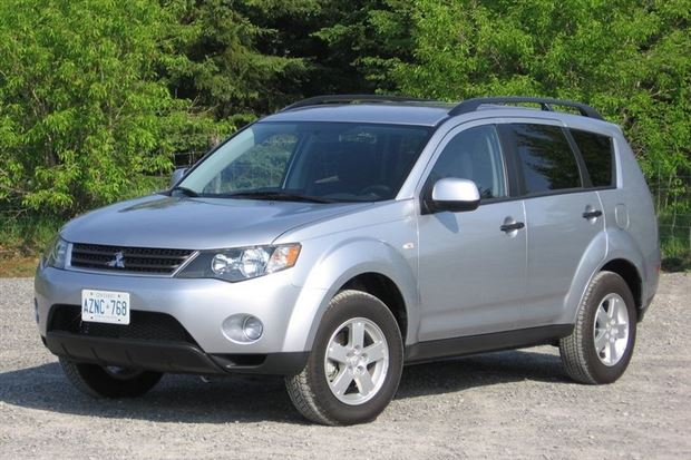 Read about the Autos.ca Used Vehicle Review: Mitsubishi Outlander, 2007-2012