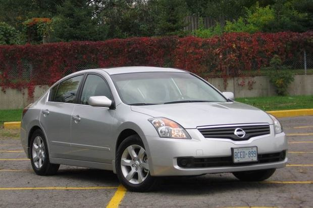 Read about the Autos.ca Used Vehicle Review: Nissan Altima, 2007-2012