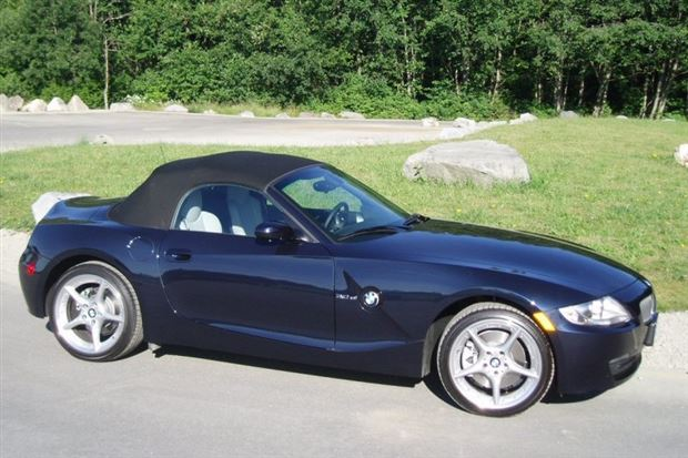 Read about the Autos.ca Used Vehicle Review: BMW Z4 2003-2008