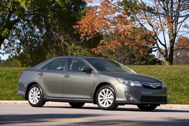 Read about the Autos.ca Test Drive: 2012 Toyota Camry XLE 4-cylinder