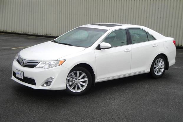 Read about the Autos.ca Test Drive: 2012 Toyota Camry XLE V6