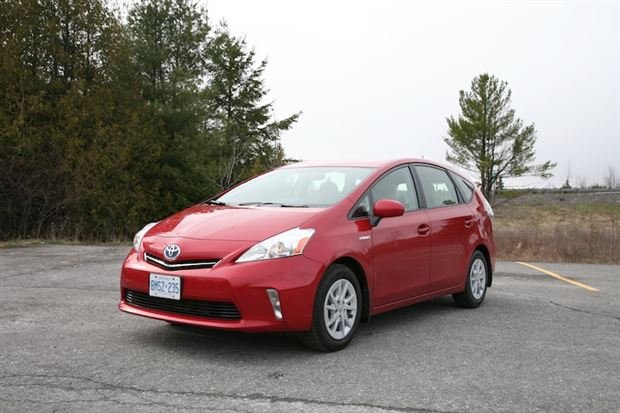 Read about the Autos.ca Day-by-Day Review: 2012 Toyota Prius V