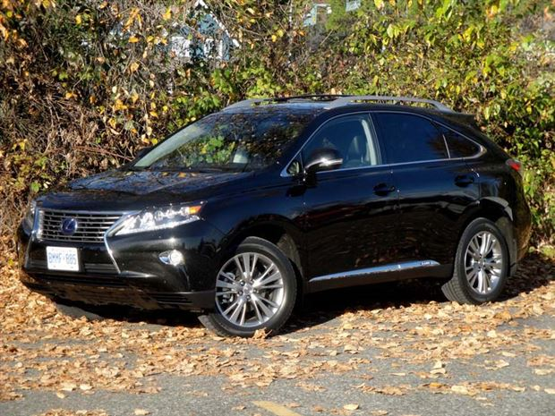 Read about the Autos.ca Test Drive: 2013 Lexus RX 450h