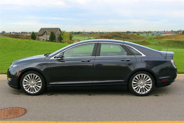 2012 Lincoln Mkz Hybrid Review >> Pop Quiz: Lincoln MKZ or Ford Fusion Titanium - Autos.ca