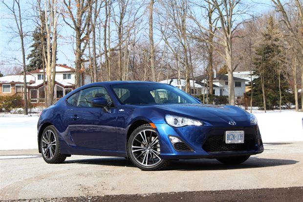 Read about the Autos.ca Test Drive: 2013 Scion FR-S