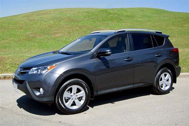 Read about the Autos.ca Long-Term Test Arrival: 2013 Toyota RAV4 FWD XLE
