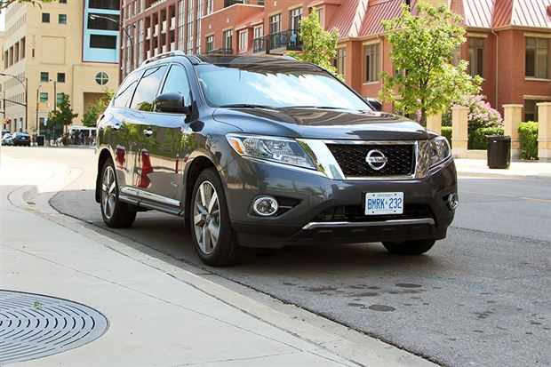 Read about the Autos.ca Test Drive: 2014 Nissan Pathfinder Hybrid