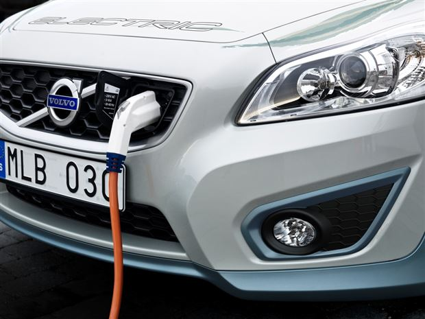 Read about the Autos.ca Volvo Plans to Cut EV Recharging to Just 1.5 Hours