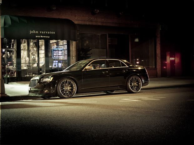 Read about the Autos.ca Buyer's Guide: 2014 Chrysler 300