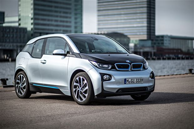Read about the Autos.ca Buyer's Guide: 2015 BMW i3