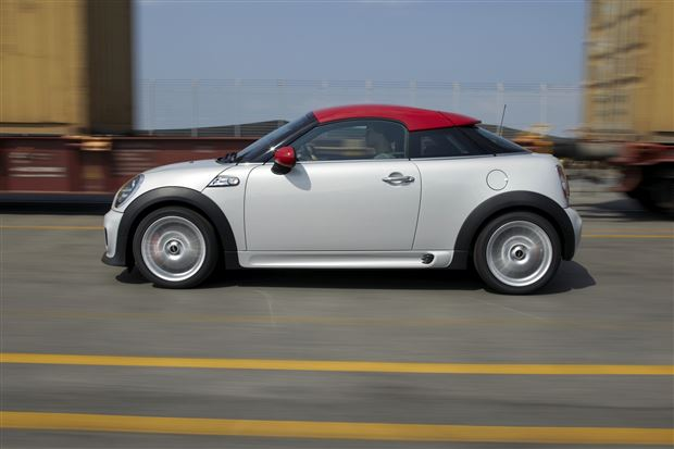 Read about the Autos.ca Buyer's Guide: 2015 MINI Coupe
