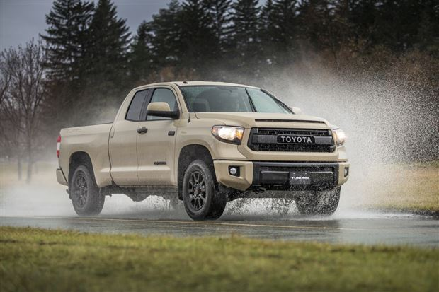 Read about the Autos.ca Buyer's Guide: 2016 Toyota Tundra