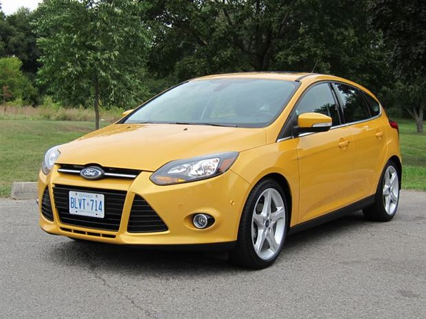 test drive 2012 ford focus titanium hatchback. Black Bedroom Furniture Sets. Home Design Ideas